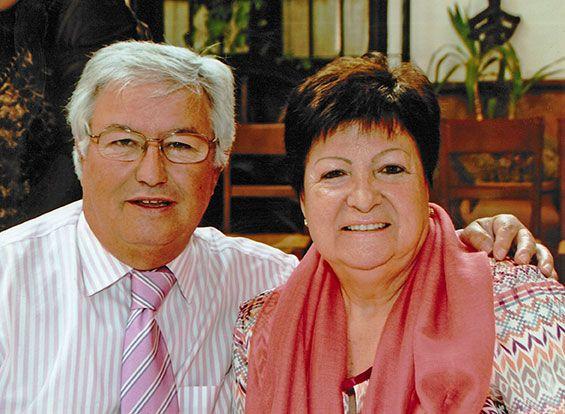 El fundador, Emilio Carmona, junto a su mujer Margarita Castillo