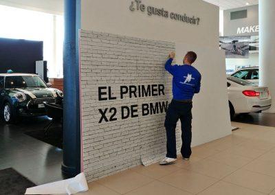 Diseño, producción y montaje del cubo para el BMW X2 en Avda. Velázquez