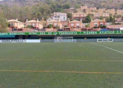 Rótulo patrocinio en el Campo Municipal Ntra. Sra. de la Fuensanta de Pizarra