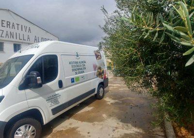 Vinilado de la furgoneta de Olivarera Manzanilla Aloreña