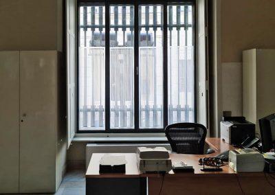 Vinilado ventanas de la sede del Banco de España en Málaga