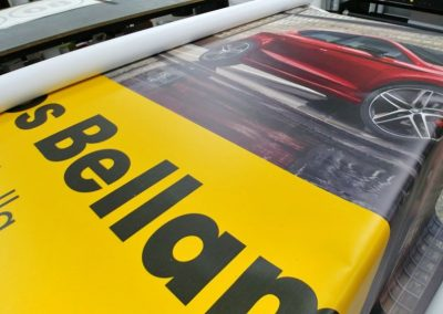 Lonas y vinilos de corte para presentación del nuevo Seat Ibiza de Autos Bellamar